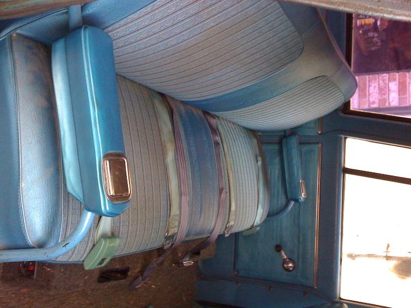 tx suburban seats 2 the 1947 present chevrolet gmc. Black Bedroom Furniture Sets. Home Design Ideas